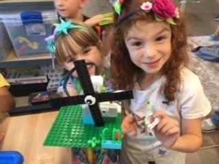 Progressive Learning Beyond the Classroom